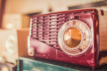 Free Gift For That Special Old Timer In Your Life – Old Time Radio Recordings